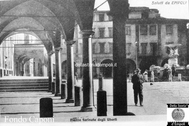 Piazza Farinata degli Uberti vista dal Canto Guelfo