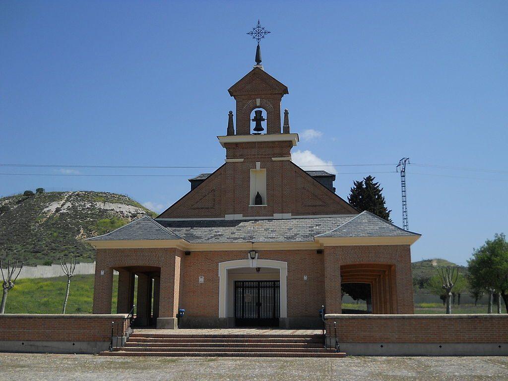 1024px Ermita Del Cementerio De Los Martires