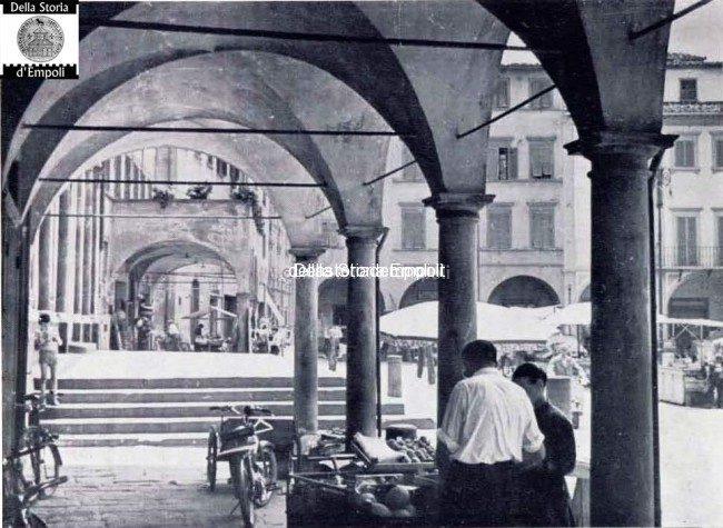 Mercato In Piazza 21 650×475