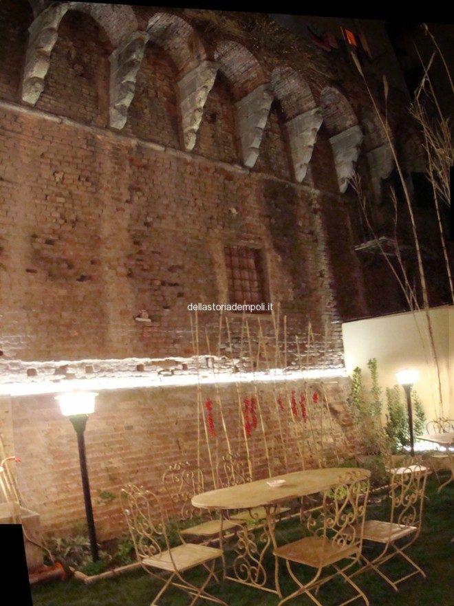 Empoli - Negozio Orto Via Roma corte tergale 3