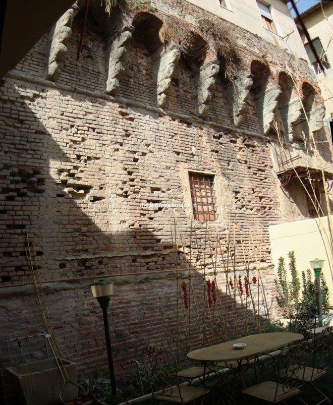 Empoli - Negozio Orto Via Roma corte tergale