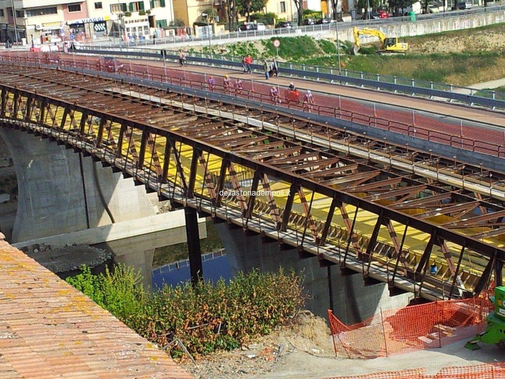 Nel Frattempo Il Cantiere Del Ponte Nuovo…. – Di Carlo Pagliai