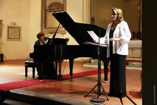 2013 Paola Pitagor a e Anna Lisa Bellini