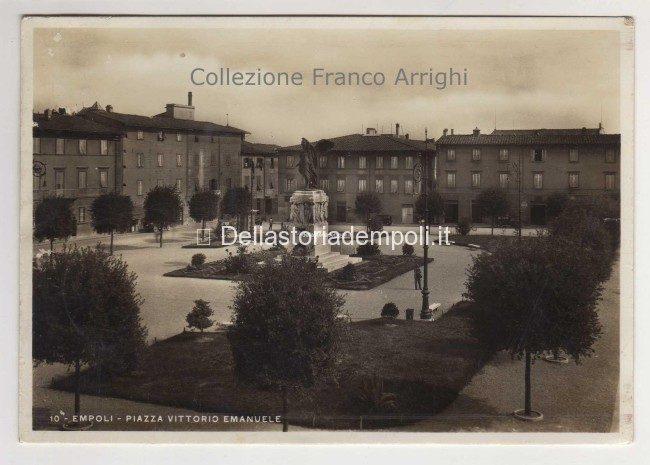 Piazza Della Vittoria Nella Collezione Di Franco Arrighi