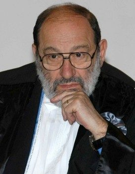Fonte dell'immagine: http://upload.wikimedia.org/wikipedia/commons/thumb/a/ab/Umberto_Eco_04.jpg/601px-Umberto_Eco_04.jpg
