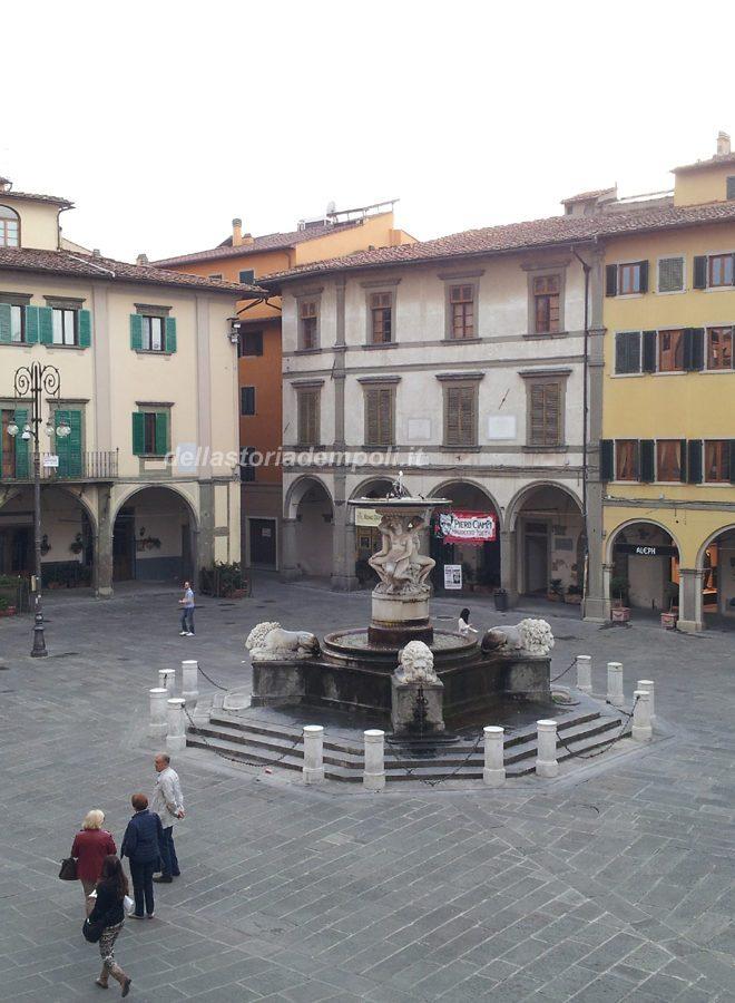 Piazza De' Leoni - Foto Di Carlo Pagliai
