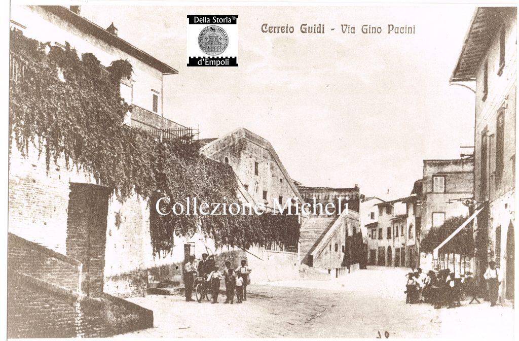 Cerreto Guidi - Villa Medicea davanti al Palazzo Guidi