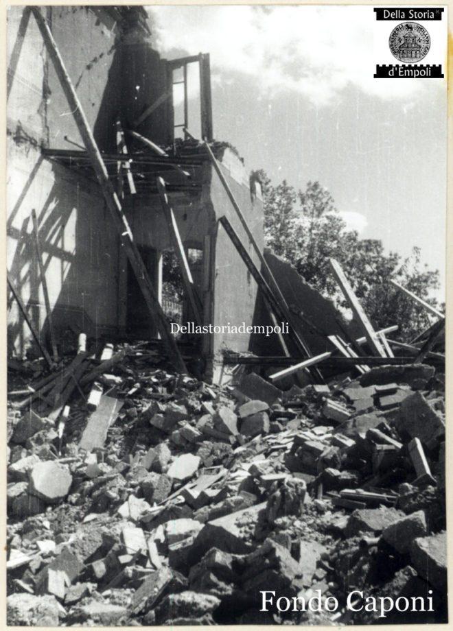 Edifici danneggiati dalla guerra in loc imprecisata