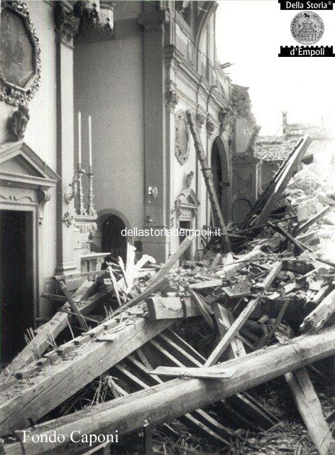 Altare e transetto danneggiati dal crollo del campanile