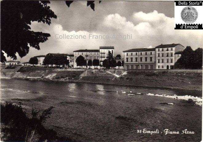 Empoli - Lungarno visto da Spicchio anni 50