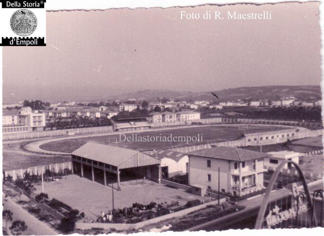 Foto 2 - Statale 67 e Stadio Vecchio (verso Nord-ovest)