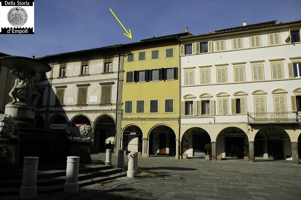 Palazzo Del Bianco: Piazza Farinata Degli Uberti, Empoli
