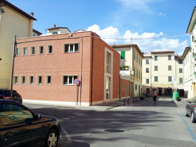 empoli-piazza-xxiv-luglio-via-ferrucci-ex-bagni-pubblici-25-08-2014