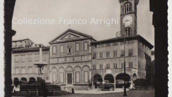 Piazza Farinata degli Uberti anni Trenta, con Montepagani