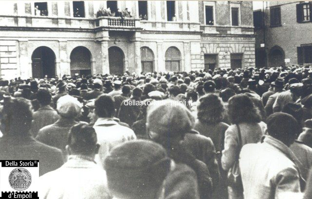 Empoli - Piazza del Popolo comizio 3