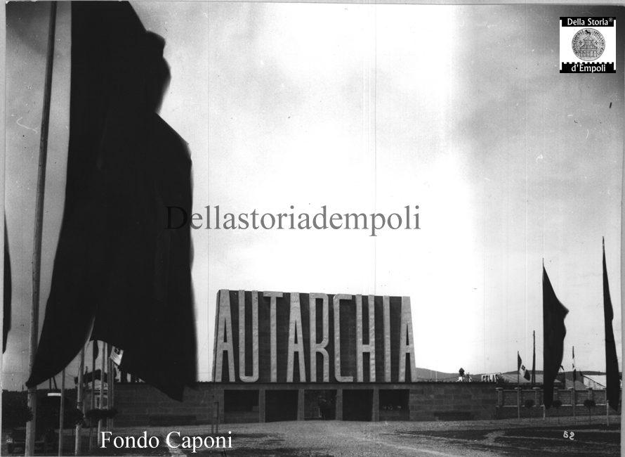 Fondo Caponi Empoli, Vol 2 Pagina 9: Autarchia Al Vecchio Stadio Di Empoli