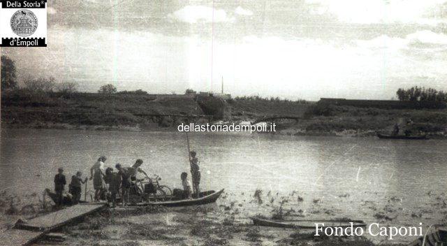 Il ponte sull'Orme alla foce dell'Arno distrutto dalla guerra