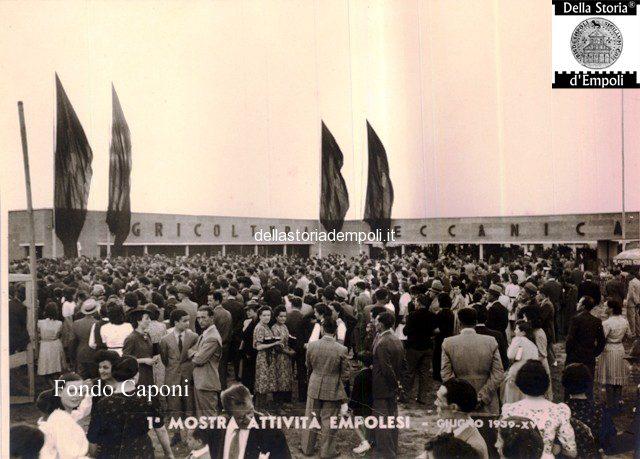 Folla affluita alla Mostra attività empolesi 1939