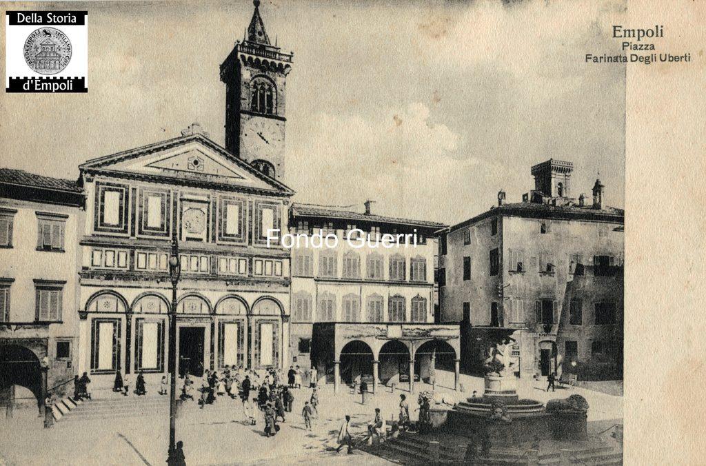 Piazza Dei Leoni Collegiata Palazzo Pretorio