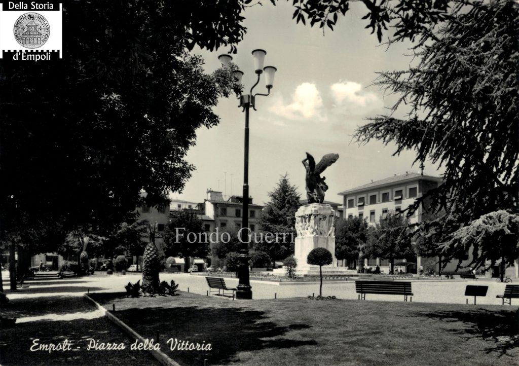 Piazza Della Vittoria, Altra Cartolina