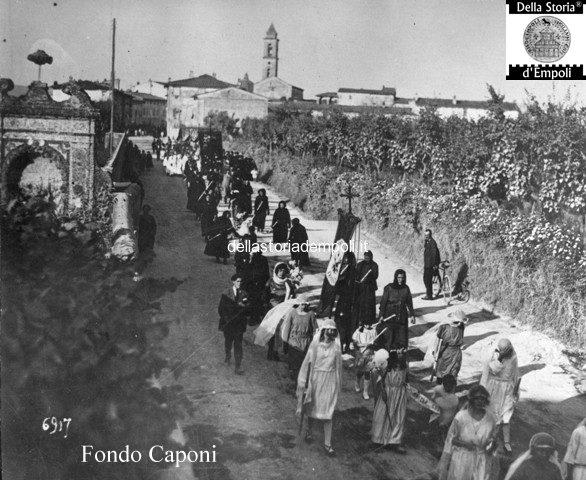 Processione in via livornese a Santa Maria a ripa