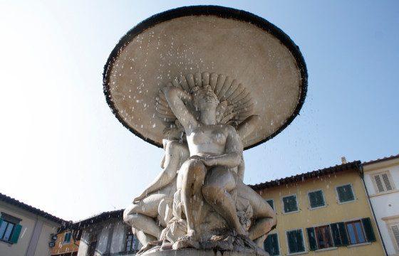 fontana_delle_naiadi_piazza_farinata_uberti_empoli2