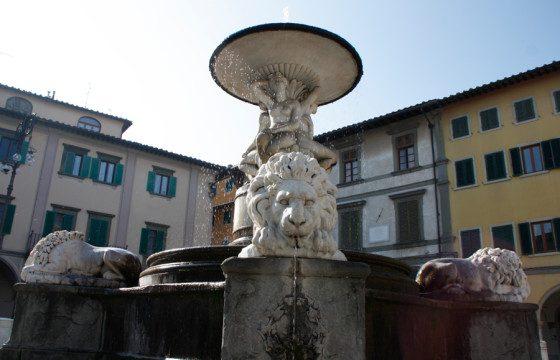 fontana_delle_naiadi_piazza_farinata_uberti_empoli3