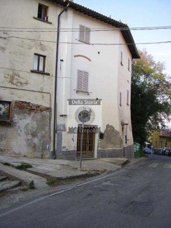 Monterappoli, Via Salaiola in centro.