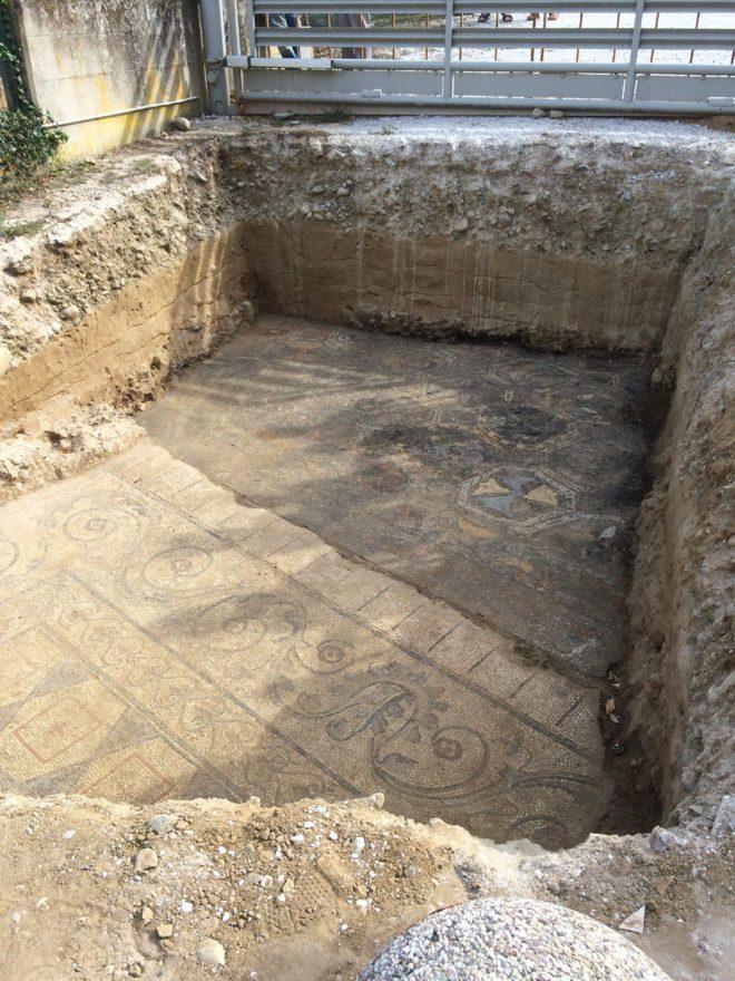 mosaico romano a Limite Via Palandri - Copia