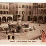 Una cartolina del 1910 con Piazza dei Leoni