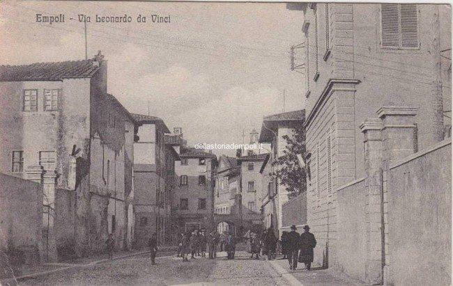 Una Cartolina Di Via Leonardo Da Vinci Diretta Al Fronte Francese, 1918